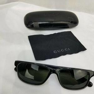 Gucci Sunglasses Black GG Case and Cloth Unisex